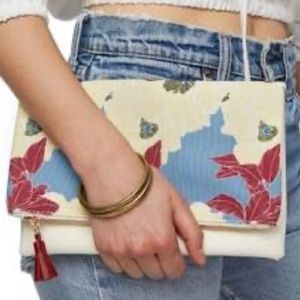 Rachael Pally floral / cream clutch